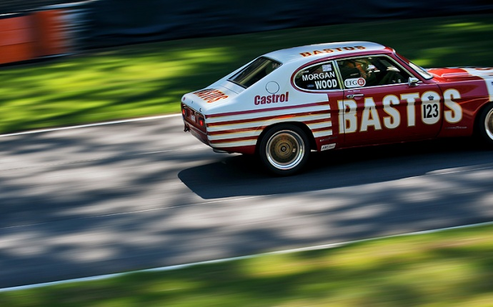 Motorsport. Historic Touring Car series. 1972 Ford Capri Weslake RS2600