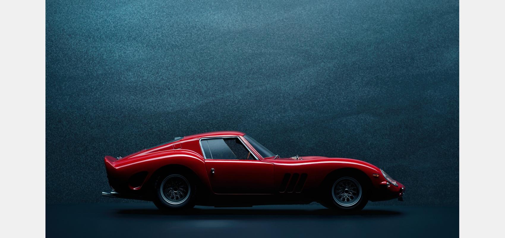 Product photography/Automotive/196/ Red/ Ferrari 250 GTO/ studio profile.