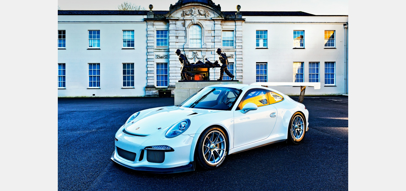 Motorsport photography/Porsche 911/991GT3/race prepared/Location picture/sunset light