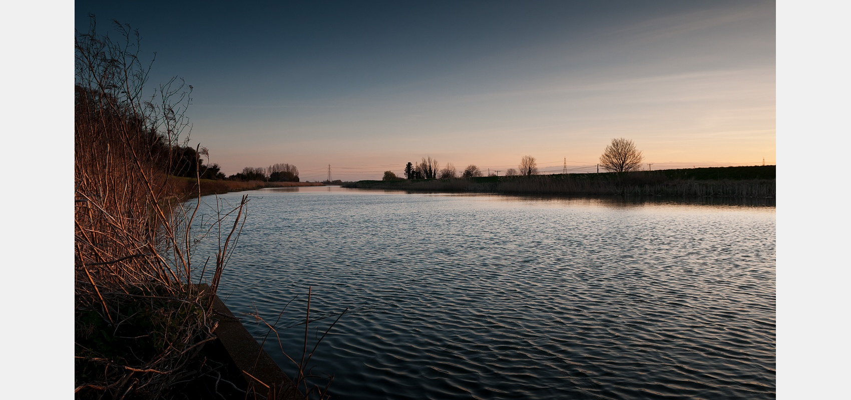 Winter sunset on the Great River Ouse just down from King's Lynn on the coast