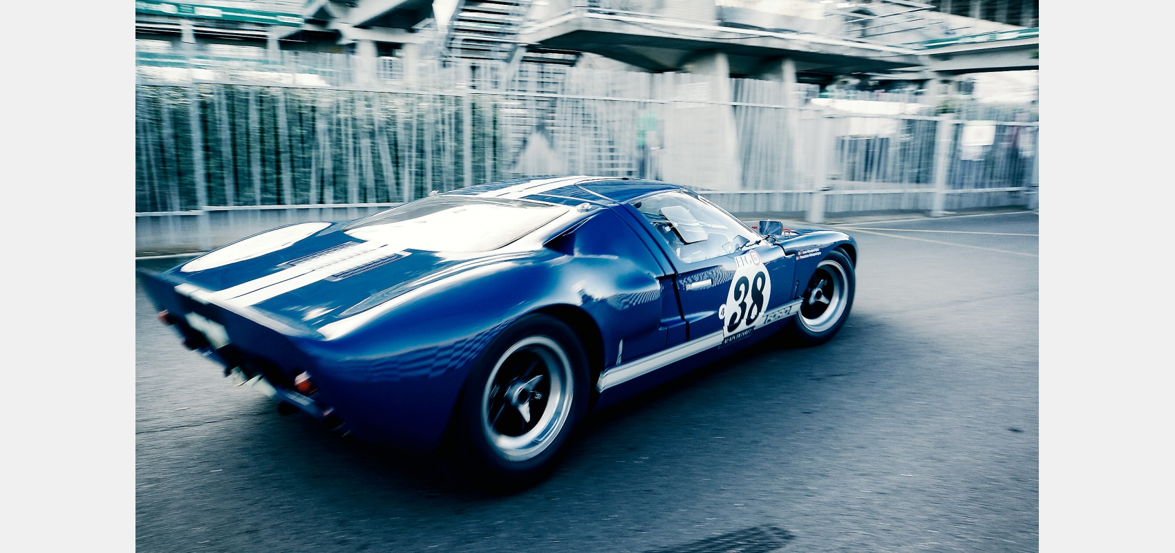 Motorsport, Ford,GT40, Le Mans, Classic, leaving, paddock